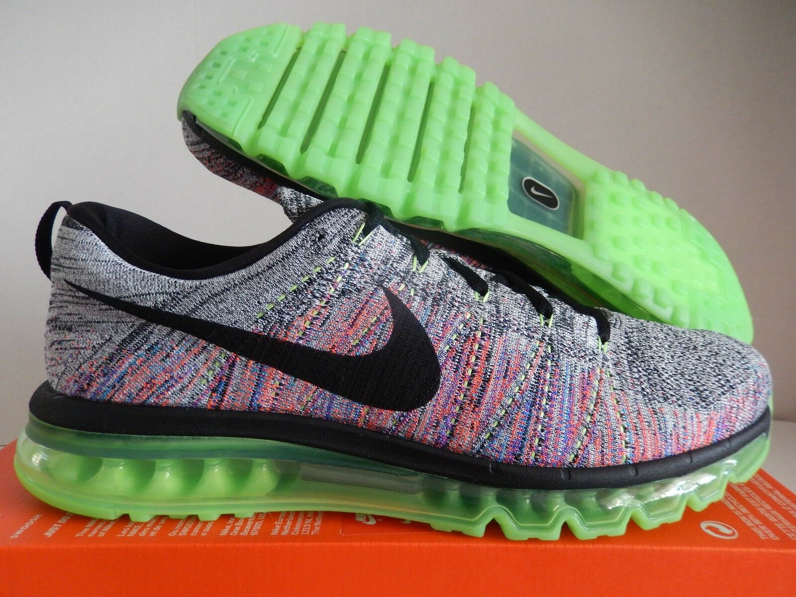 NIKE FLYKNIT MAX WHITE-BLACK-GHOST GREEN