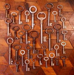 32-Antique-Vintage-French-Rustic-Iron-Steel-Lock-Buffet-Door-Drawer-Keys-Lot-E