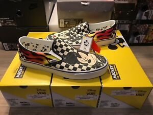 e028800a0e NEW Vans x Disney Slip-On Mickey   Minnie Checkerboard Flame Skate ...
