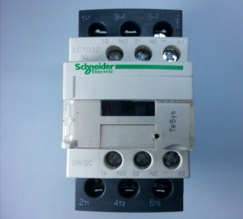 50//60Hz LC1D32BDC Schneider Contactor With Coil 24VDC 32Amp