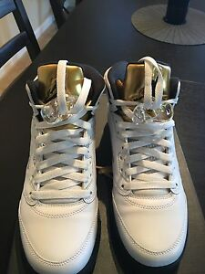 Coin Size 5 White gold 7y Jordan DHW2E9YI