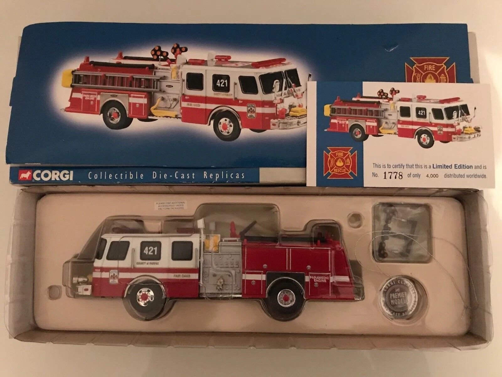 Corgi US52208 E - One Sidemount Fairfax County Fire Service Limited Edition