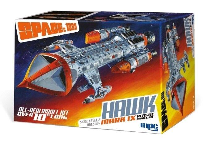 Space 1999 Hawk Mk.IX Starship 1 72 Scale MPC Plastic Model Kit - New