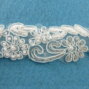 1-METRE-CREAM-IVORY-BEADED-LACE-BRIDAL-WEDDING-TRIM-TRIMMINGS-35mm-WIDTH-HL68