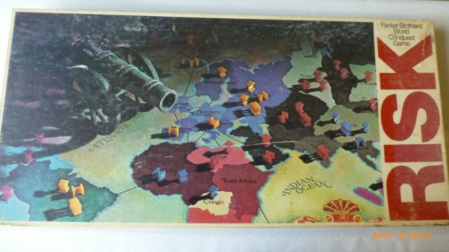 Vintage Risk Board Game 1975 1980 Parker Brothers World Conquest Game