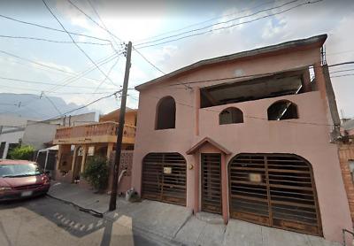 OPORTUNIDAD, casa de REMATE en Valle Verde, Monterrey!