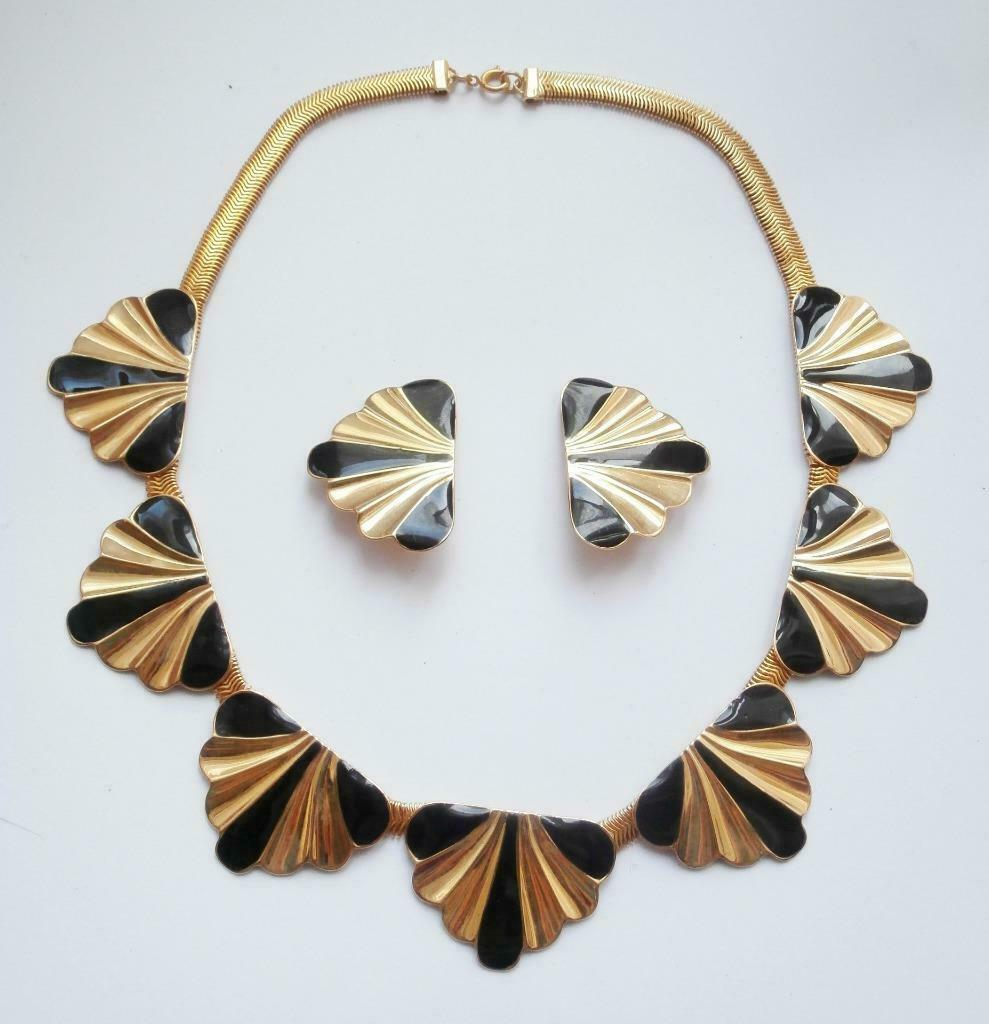 BN Vintage 1980's Deco Style Gold Metal & Black Faux Enamel Necklace & Earrings