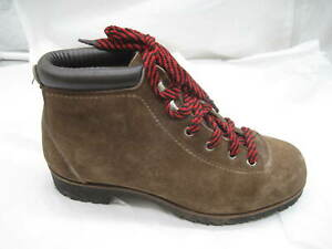 Vasque-size-7-5M-brown-suede-Italian-hiking-Womens-Ladies-Boots-Shoes-7585