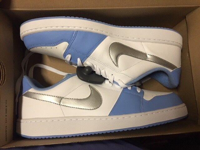 NIKE Backboard Hellblau Sneaker freizeit capri 378336-111 Gr:42,5 US:9 t-lite capri freizeit 3da087