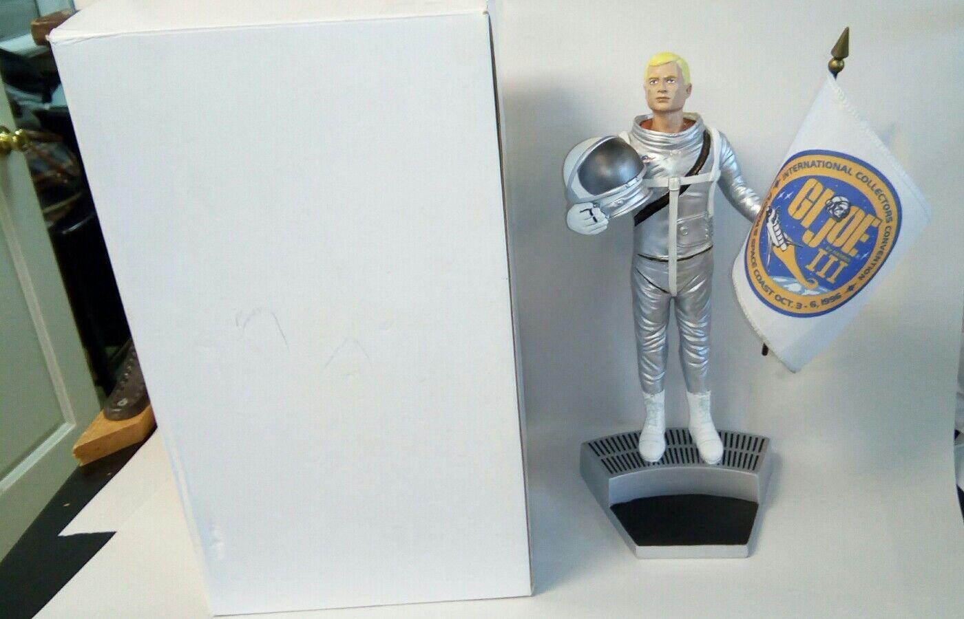 1996 GI Joe Joe Joe Collectors Convention Limited Ed  400 12  Astronaut Statue MIB 990116