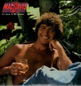 Mac-Davis-Vinyl-LP-Casablanca-1980-NBLP-7207-It-039-s-Hard-to-Be-Humble-NM