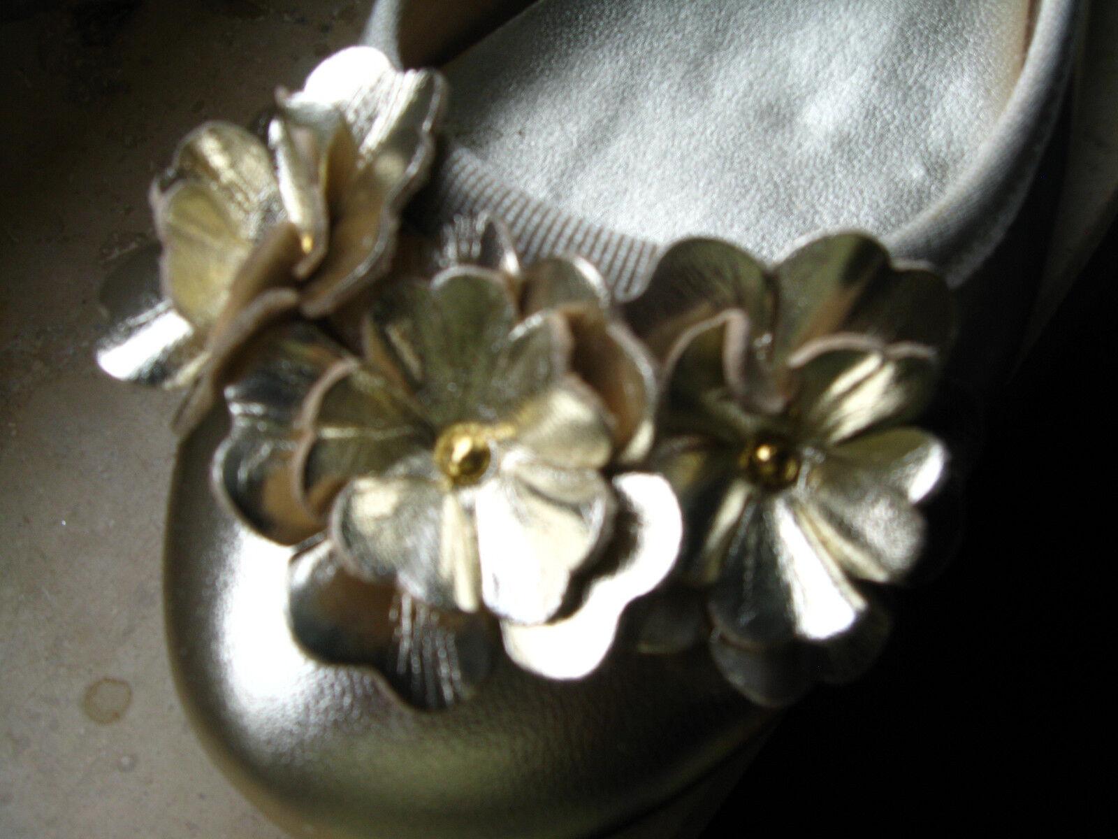 Georgia Rose: Leder-Ballerinas Größe 37 in Blumenapplik. platin, butterweich, Blumenapplik. in 44b404