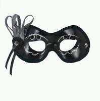 Forum Novelties Women's Celebration 1/2 Mask, Black