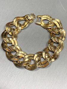 Vintage-Monet-Signed-Wide-Gold-Tone-Chain-Link-Bracelet-3-4-Wide-7-5-Long