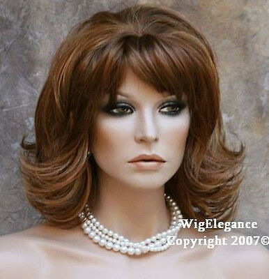 CLASSY 2 tone mix med Length Flipout FULL WIG WAOG 27-29
