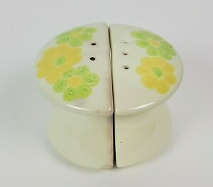 Franciscan 1970s Picnic Salt & Pepper Shaker Set Green and Yellow Flowers