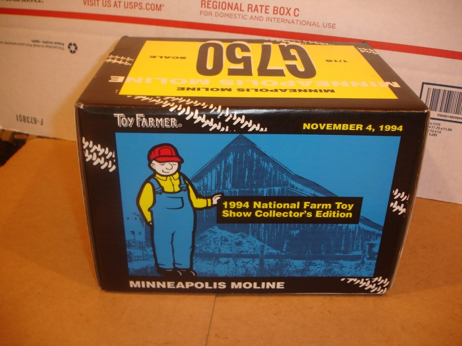 1 16 Minneapolis Moline G750 Tractor - mint, new in the box   1994 Farm Show