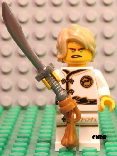 Lego Juniors The Ninjago Movie 10739 Shark Attack LLOYD white kimono minifigure!