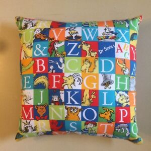 NEW-DR-SEUSS-CHARACTERS-ON-15-x-15-COMPLETE-COTTON-PILLOWS-MANY-STYLES