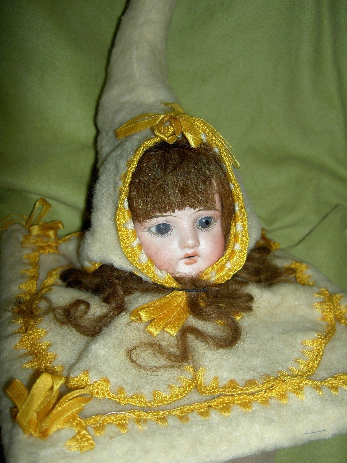 Encantador Alemán Antiguo Muñeca Biscuit, Época Victoriana Accesorio de Coser shoulderhead