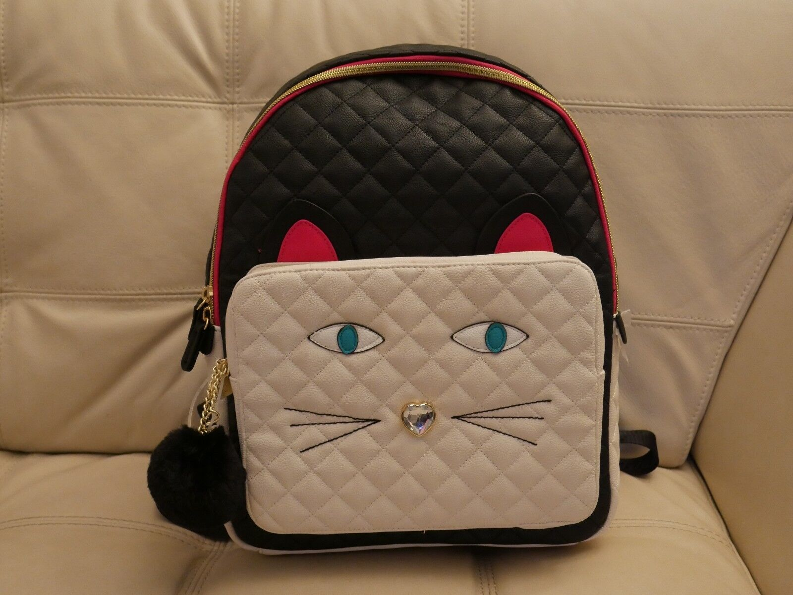 Betsey Johnson Quilted Cat Face Large Backpack Black//White BR24065