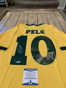 Pele-Autographed-Signed-Shirt-Jersey-Beckett-COA-Pele-Brazil-Brasil