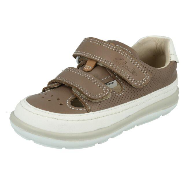 Boys Infant Clarks Shoes Size 2F