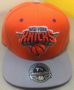 84cf5ff99d2e0 Mitchell and Ness New York Knicks Fitted Hat - Sizes  7 1 8 + 7 5 8 ...