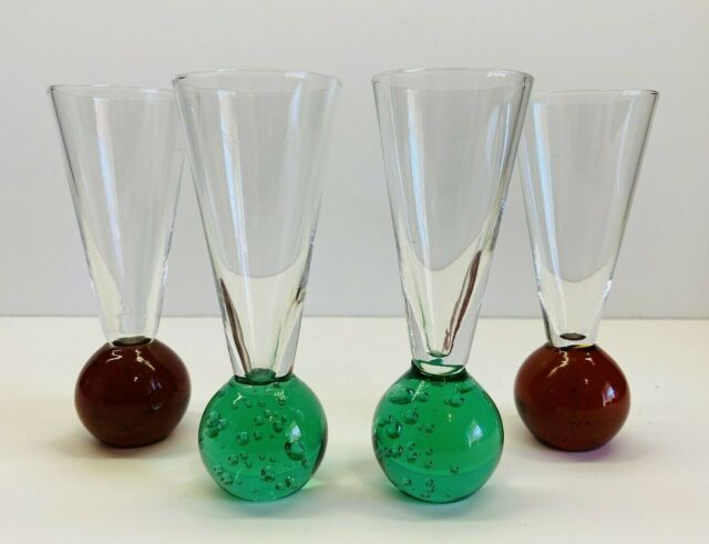 Set Of 4 Weighted Bubble Bottom Cordial/Shot Glasses Red & Green 4 1/8