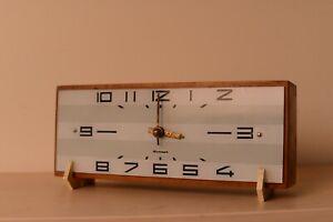 Genuine-Soviet-USSR-Modernism-Desk-Clock-034-Amber-034-From-1970-039-s-Communism-office
