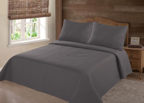 Nena 2//3 Piece Bed Bedspread Soft Quilt Coverlet Solid Stippling Stitch Set