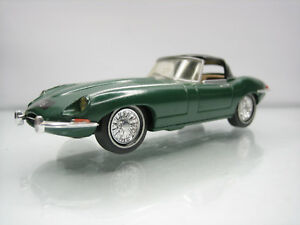 Diecast-Dinky-Toys-DY-1-Jaguar-E-Type-Green-Very-Good-Condition