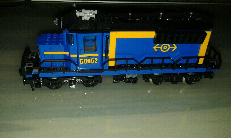 LEGO 60052 Güterzug Lok + 9v motor