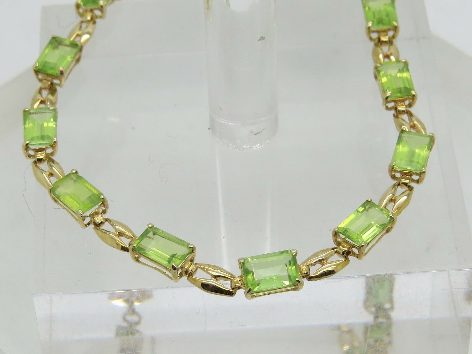 THIN DAMAGED 10k 6x4mm Emerald Cut Green Peridot Chain Link Bracelet 7.5