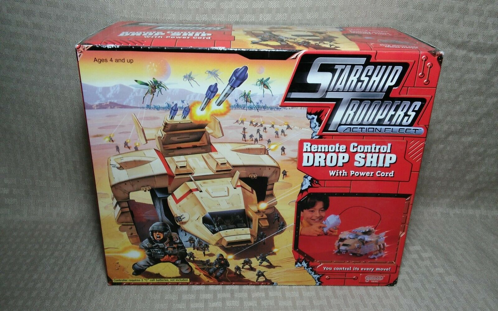 Galoob Starship Troopers Action Fleet Remote Control Drop Ship sealed