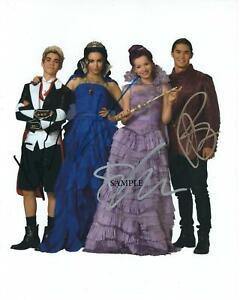 """Disney Descendants cast    Hand Signed Autographed 8x10/"""" Photo 4432"""