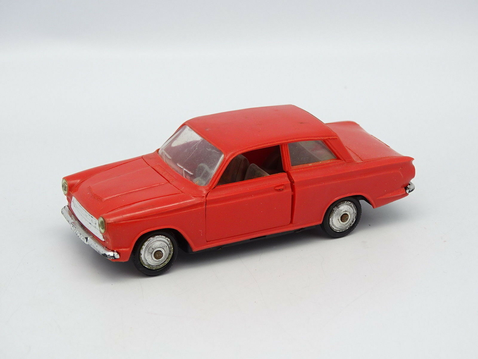 Norev Ancien 1 43 - Ford Cortina Rouge N°84