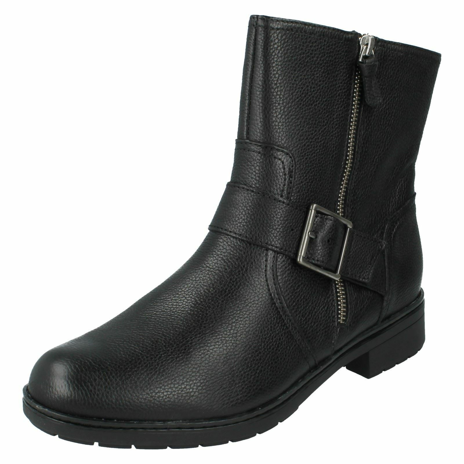 Damas Clarks botas al tobillo-Merrian Lynn