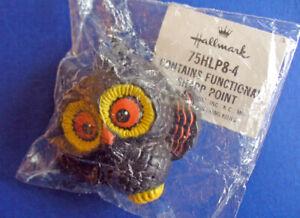Hallmark-PIN-Halloween-Vintage-OWL-Big-Eyes-Holiday-Brooch-NEW