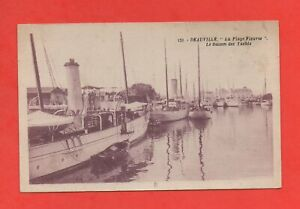 Deauville-the-Basin-of-Yachts-J9329