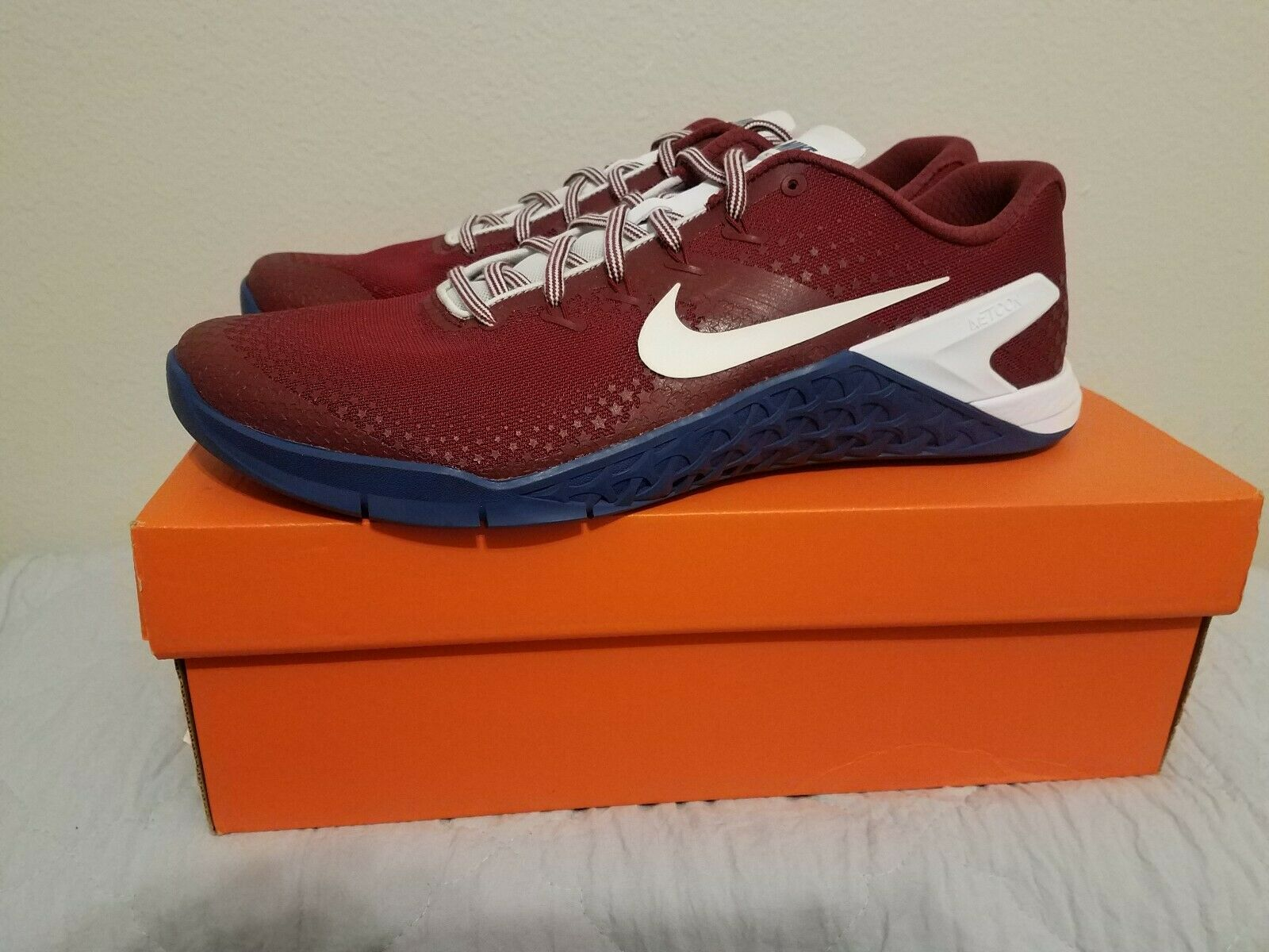 New NIKE Metcon 4 Americana Training shoes Mens maroon blueee size 13