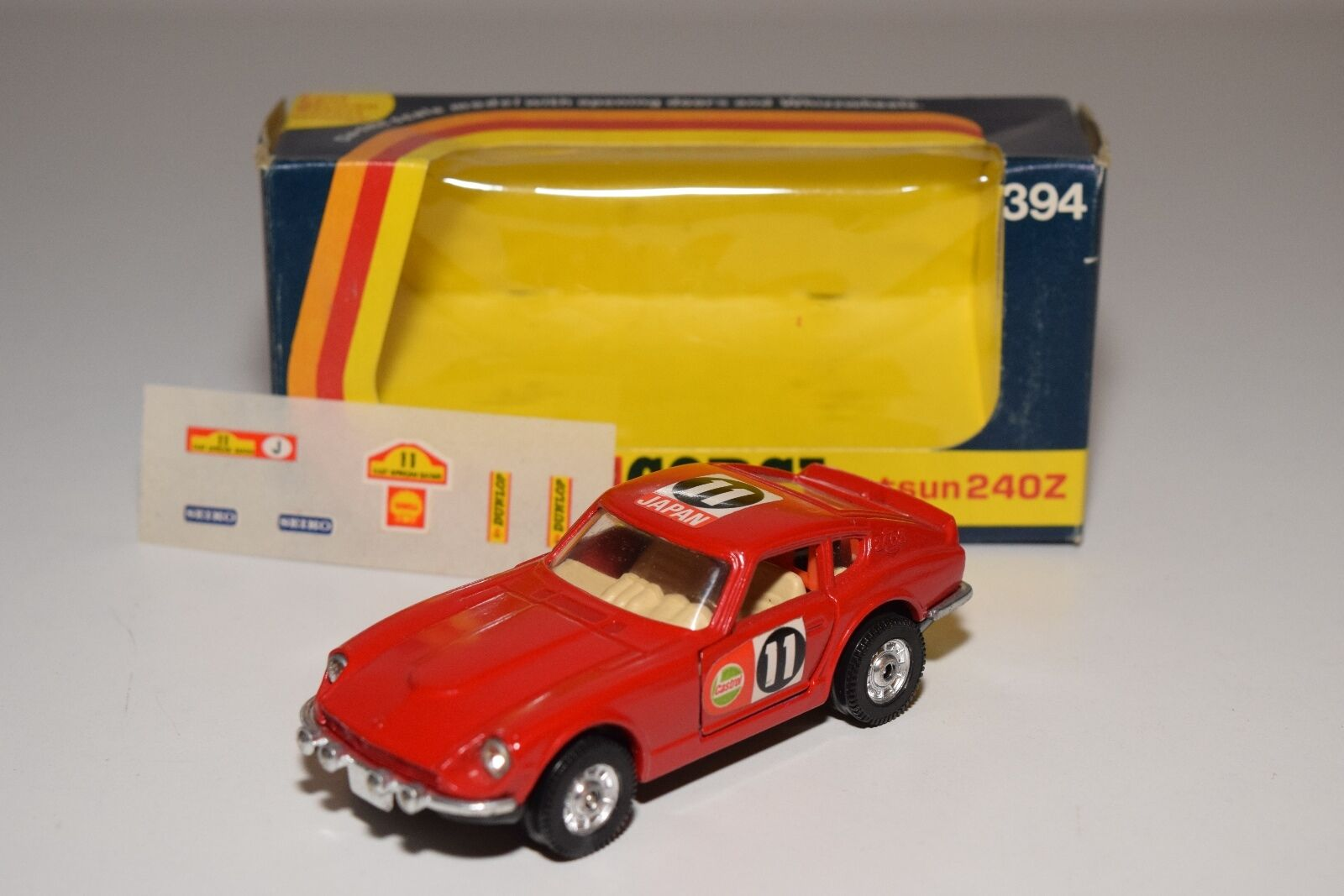 \\ CORGI TOYS 394 DATSUN 240Z 240 Z RALLY  rouge MINT BOXED + DECAL SHEET  livraison gratuite