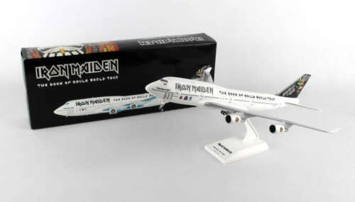 Iron Maiden Ed Force One Boeing 747-400 1/200 Scale Plane with Stand and Gears