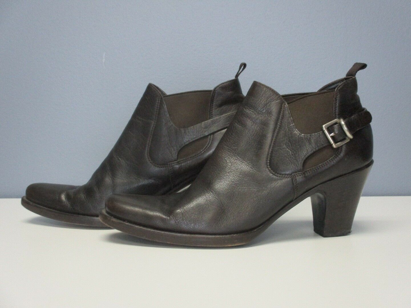 PRADA Dark Brown Leather Buckle Detail Pull On Casual Ankle Booties Sz 39.5 4359