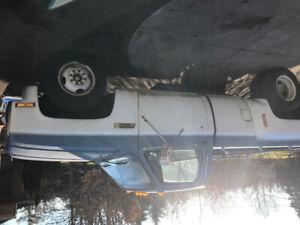1986 GMC Sierra 1 ton dually