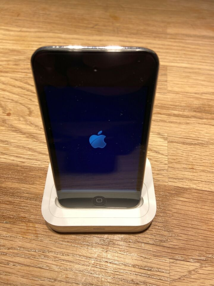 iPod, Ipod touch, 8 GB