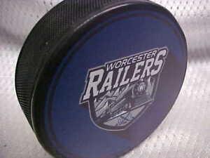 2018-ECHL-Worcester-Railers-New-York-Islanders-Collectors-Souvenir-Hockey-Puck