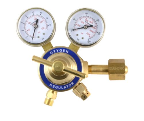 """Two-stage regulator Oxygen Constant Pressure Outlet 9//16"""" Inlet CGA-540"""