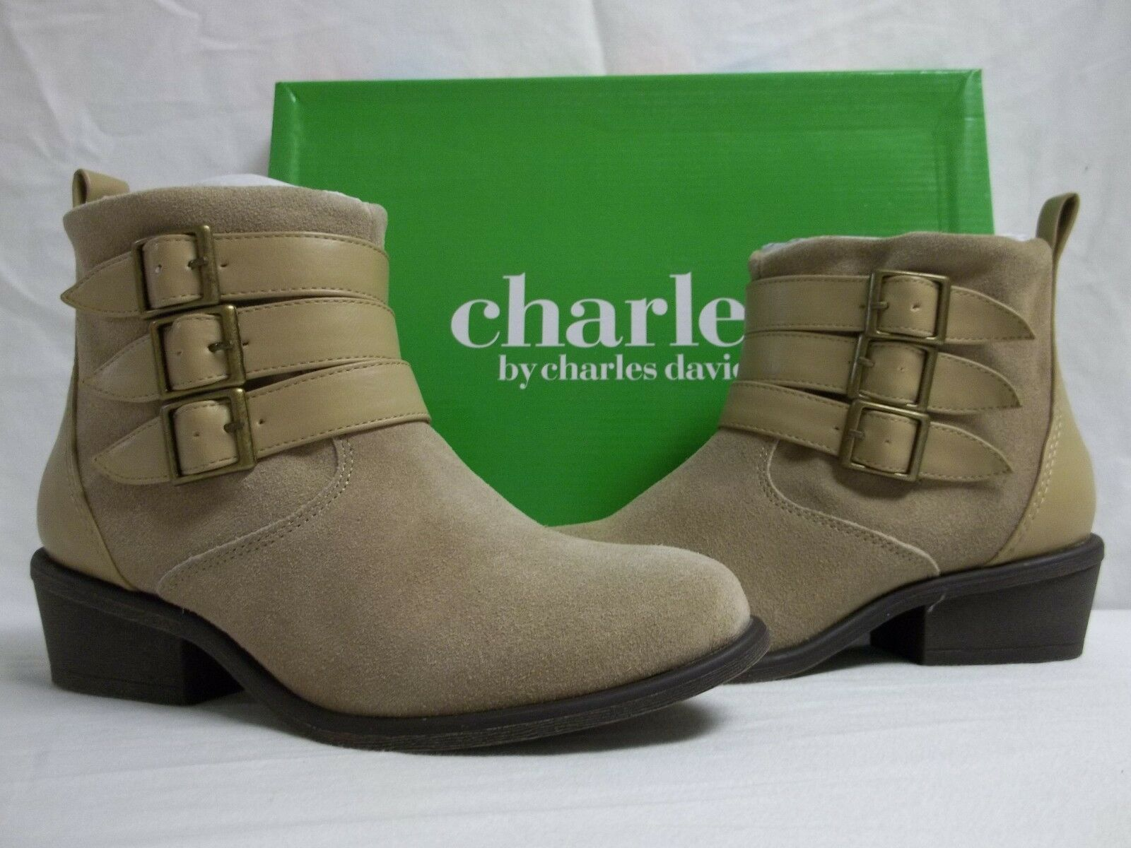 Charles By Charles David 5.5 M Devote Sand Suede Ankle Stivali New Donna Shoes