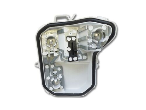Audi A4 Avant 8E B7 Lampenträger rechts 8E9945258B Rücklicht Lampe